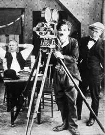 http://cinesperienza.altervista.org/varie/Chaplin222.jpg