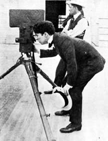 http://cinesperienza.altervista.org/varie/Chaplin24.jpg